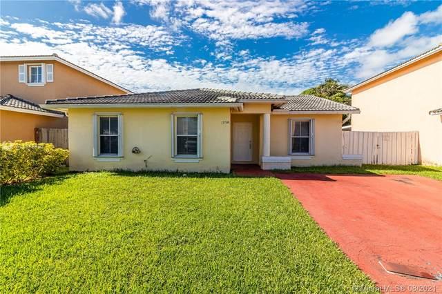 12106 SW 251st St, Homestead, FL 33032 (MLS #A11088853) :: Rivas Vargas Group