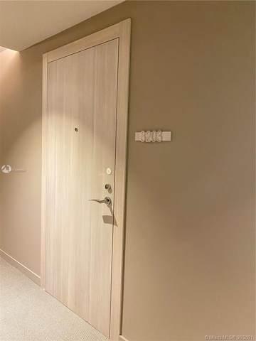 1000 Brickell Plaza #3203, Miami, FL 33131 (MLS #A11088990) :: Berkshire Hathaway HomeServices EWM Realty