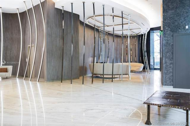 1000 Brickell Plaza #3911, Miami, FL 33131 (MLS #A11089014) :: Berkshire Hathaway HomeServices EWM Realty