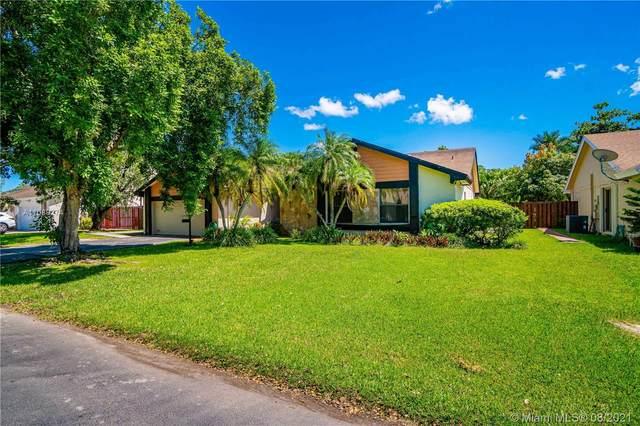 15620 SW 49th St, Miami, FL 33185 (MLS #A11089274) :: Douglas Elliman
