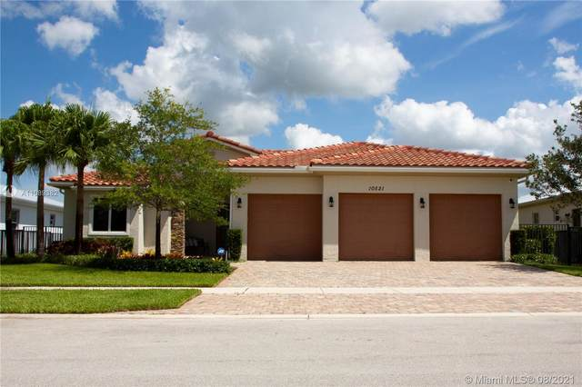 10521 Marin Ranches Dr, Cooper City, FL 33328 (MLS #A11089382) :: Onepath Realty - The Luis Andrew Group