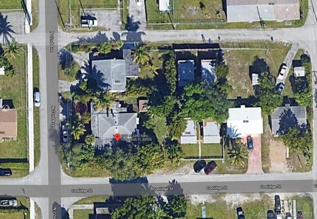 2001 N 22nd Ave, Hollywood, FL 33020 (MLS #A11089442) :: GK Realty Group LLC