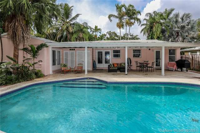 1343 Monroe St, Hollywood, FL 33019 (MLS #A11089483) :: KBiscayne Realty