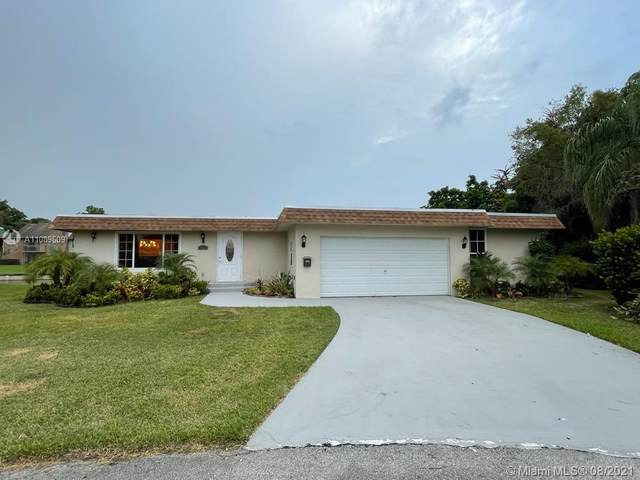7001 NW 64th St, Tamarac, FL 33321 (MLS #A11089609) :: The Pearl Realty Group
