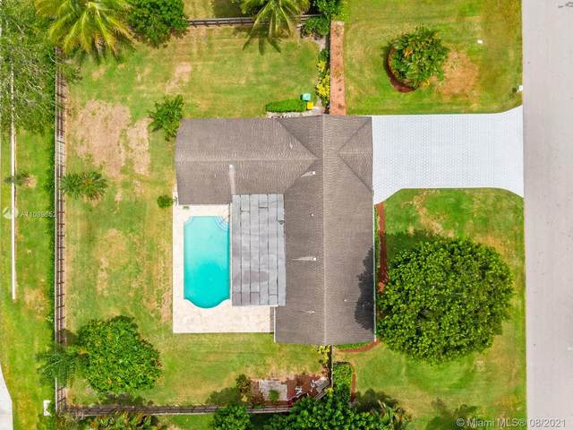 11711 NW 27th Ct, Plantation, FL 33323 (MLS #A11089652) :: The Rose Harris Group