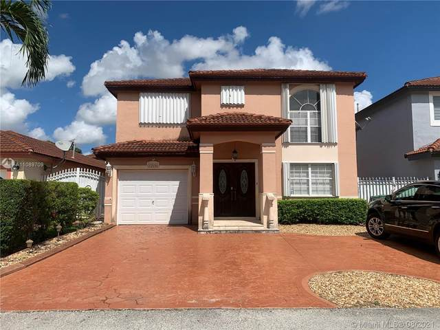 19713 NW 85th Ave, Hialeah, FL 33015 (MLS #A11089709) :: Castelli Real Estate Services