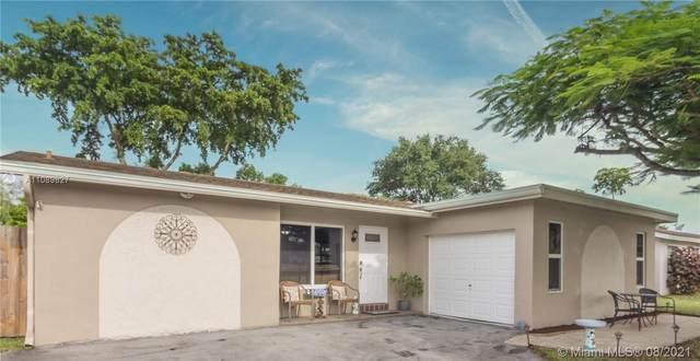 1020 NW 93rd Ave, Pembroke Pines, FL 33024 (MLS #A11089827) :: Douglas Elliman