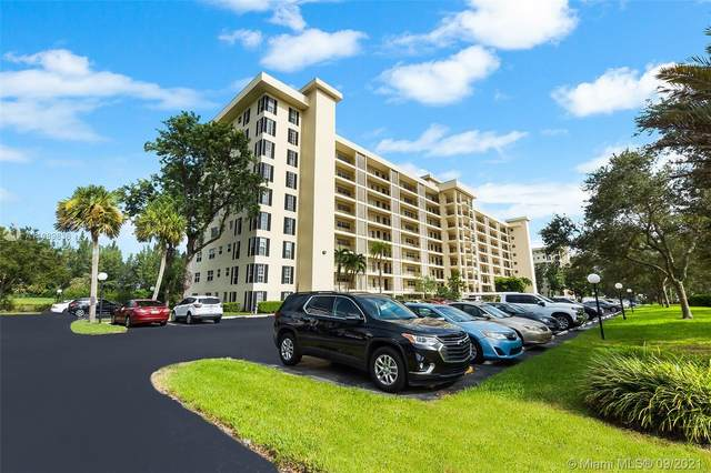 3250 N Palm Aire Dr #503, Pompano Beach, FL 33069 (MLS #A11089836) :: Castelli Real Estate Services