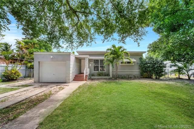 13855 NE 16th Ct, North Miami, FL 33181 (MLS #A11089902) :: The Rose Harris Group