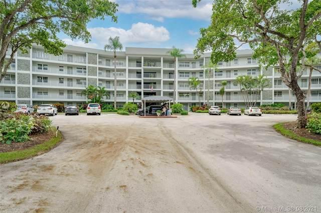4020 W Palm Aire Dr #110, Pompano Beach, FL 33069 (MLS #A11089916) :: The MPH Team