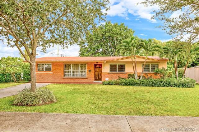 10331 SW 53rd St, Miami, FL 33165 (MLS #A11089935) :: Douglas Elliman