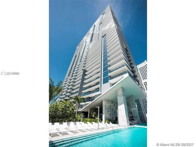 68 SE 6 #2406, Miami, FL 33131 (MLS #A11090559) :: Castelli Real Estate Services