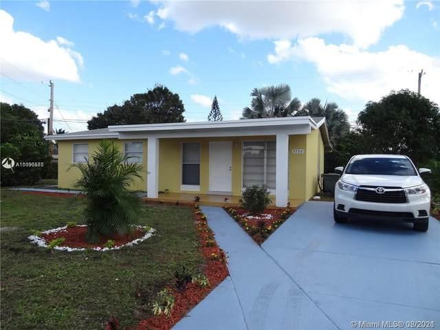 3776 SW 16th Pl, Fort Lauderdale, FL 33312 (MLS #A11090573) :: Douglas Elliman