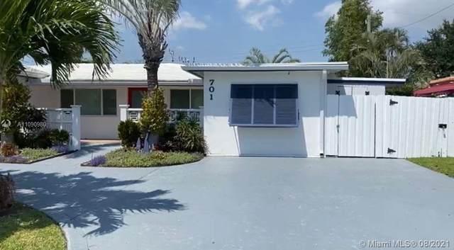 701 NE 23rd Ter, Pompano Beach, FL 33062 (MLS #A11090980) :: The Rose Harris Group