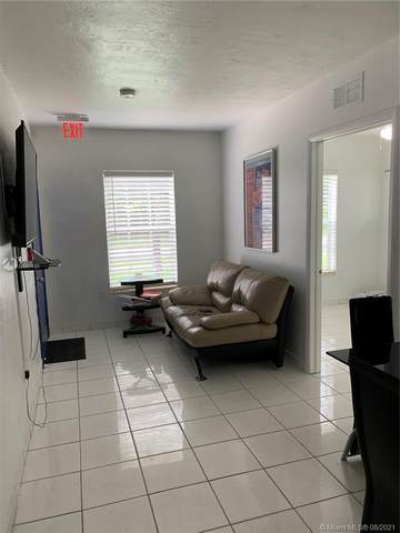 Miami, FL 33157 :: Equity Realty