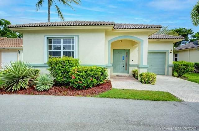 1862 Capeside Circle, Wellington, FL 33414 (MLS #A11091331) :: KBiscayne Realty