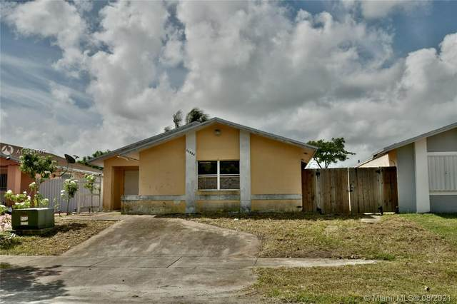 11964 SW 210th Ter, Miami, FL 33177 (MLS #A11091507) :: Rivas Vargas Group