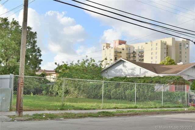 226 SW 13th Ave, Miami, FL 33135 (MLS #A11091544) :: Castelli Real Estate Services