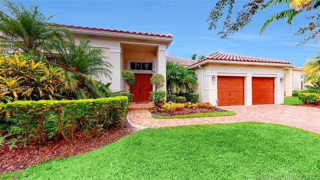 839 Heritage Dr, Weston, FL 33326 (MLS #A11091749) :: Castelli Real Estate Services
