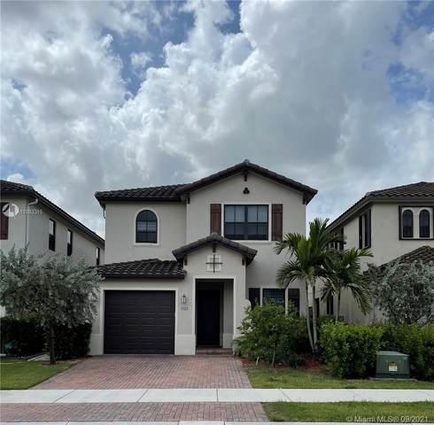 3322 W 97th St, Hialeah, FL 33018 (MLS #A11092315) :: All Florida Home Team