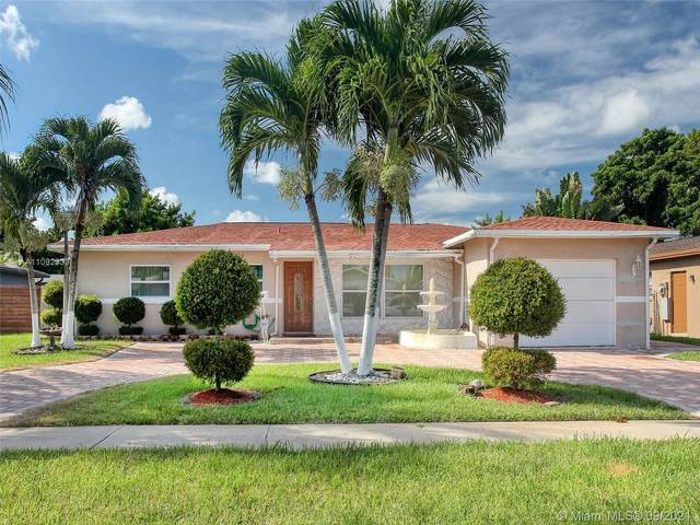 6804 Oakhill, North Lauderdale, FL 33068 (MLS #A11092333) :: The Rose Harris Group