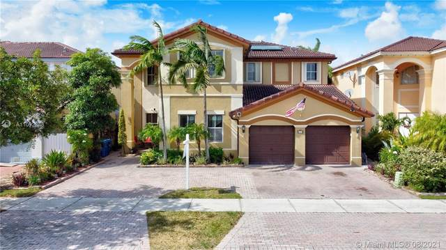 8925 NW 178th St, Hialeah Gardens, FL 33018 (MLS #A11092343) :: The Pearl Realty Group