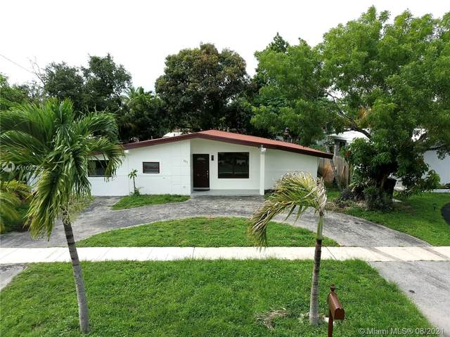 521 NE 175th St, North Miami Beach, FL 33162 (MLS #A11092355) :: Jo-Ann Forster Team