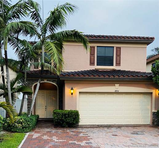 8854 W 33rd Ave, Hialeah, FL 33018 (MLS #A11092427) :: The Pearl Realty Group