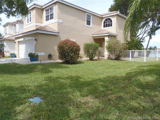 6302 NW 40th Ave, Coconut Creek, FL 33073 (MLS #A11092525) :: Castelli Real Estate Services