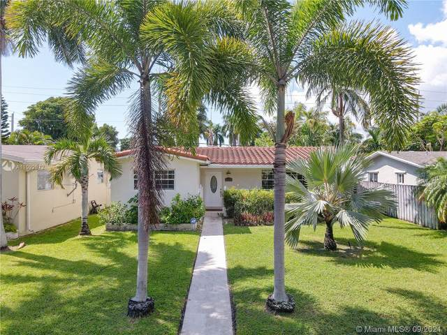 1008 Johnson St, Hollywood, FL 33019 (MLS #A11092972) :: KBiscayne Realty