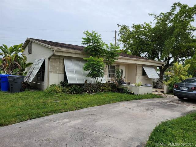 5601 Arthur St, Hollywood, FL 33021 (#A11093235) :: Posh Properties