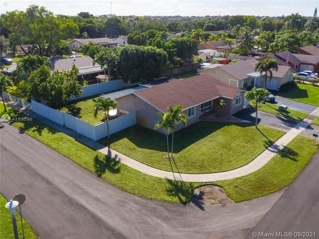 8500 NW 4th St, Pembroke Pines, FL 33024 (MLS #A11093366) :: Onepath Realty - The Luis Andrew Group