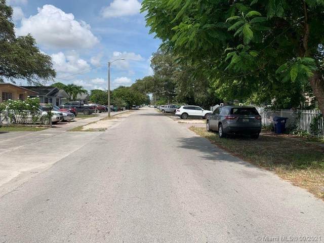2900 NW 94th St, Miami, FL 33147 (MLS #A11093462) :: Green Realty Properties