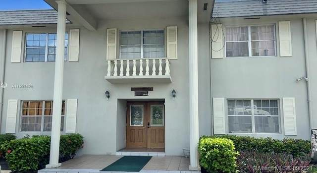 1520 Mckinley St 210E, Hollywood, FL 33020 (MLS #A11093529) :: Equity Realty