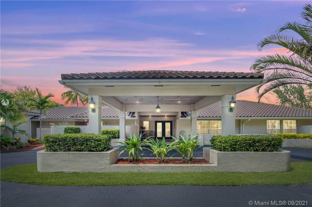 7201 SW 174th St, Palmetto Bay, FL 33157 (MLS #A11093737) :: The Pearl Realty Group