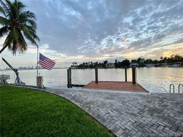 7508 W Treasure Dr, North Bay Village, FL 33141 (MLS #A11093803) :: Green Realty Properties