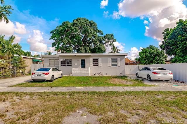 121 W 42nd St, Hialeah, FL 33012 (MLS #A11094149) :: Re/Max PowerPro Realty