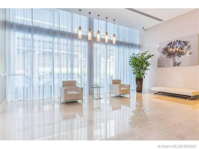 1111 SW 1st Ave 1725-N, Miami, FL 33130 (MLS #A11094276) :: Berkshire Hathaway HomeServices EWM Realty