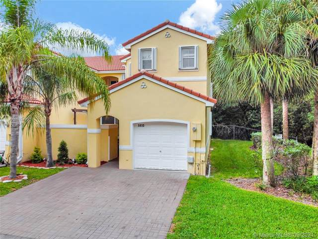 1415 Weeping Willow Way #1415, Hollywood, FL 33019 (MLS #A11094293) :: The Rose Harris Group