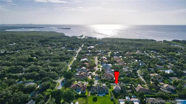 16830 SW 74th Ct, Palmetto Bay, FL 33157 (MLS #A11094416) :: Onepath Realty - The Luis Andrew Group