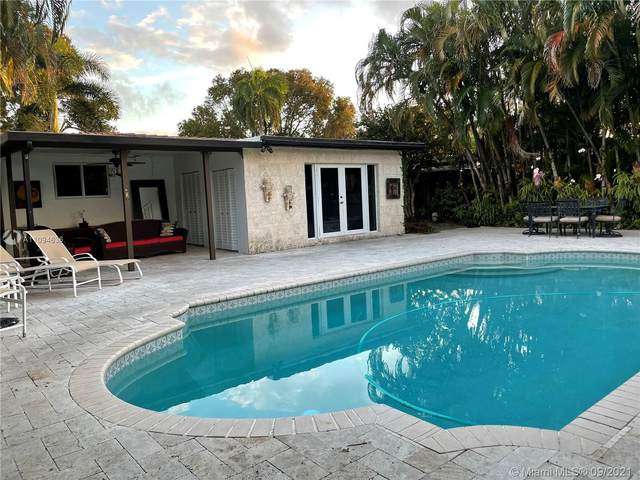 1315 Dewey St, Hollywood, FL 33019 (MLS #A11094636) :: The Rose Harris Group