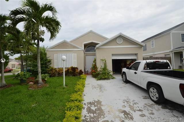 12713 SW 146th Ln, Miami, FL 33186 (MLS #A11094677) :: The Rose Harris Group