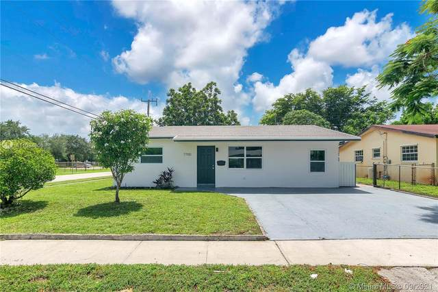7700 NW 35th St, Davie, FL 33024 (MLS #A11094806) :: Equity Realty