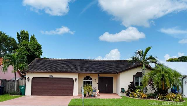 15285 SW 178th Ter, Miami, FL 33187 (MLS #A11094813) :: Onepath Realty - The Luis Andrew Group