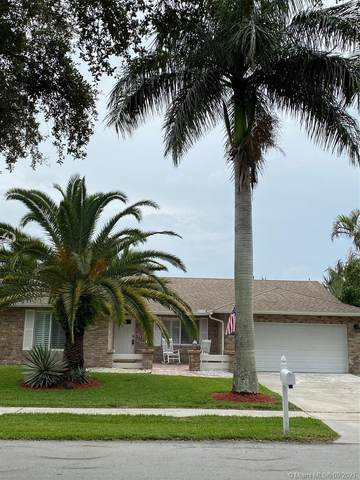 9480 NW 10th St, Plantation, FL 33322 (MLS #A11094816) :: The Rose Harris Group