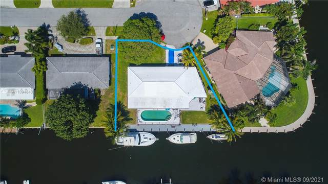 4940 NE 28th Ave, Lighthouse Point, FL 33064 (MLS #A11094840) :: Castelli Real Estate Services