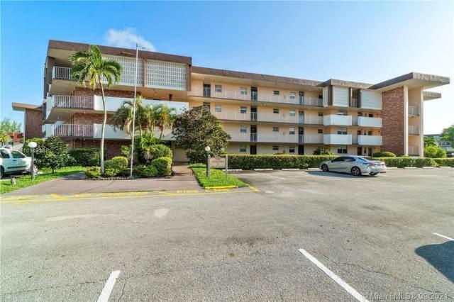2861 NW 47th Ter 104B, Lauderdale Lakes, FL 33313 (MLS #A11094930) :: GK Realty Group LLC