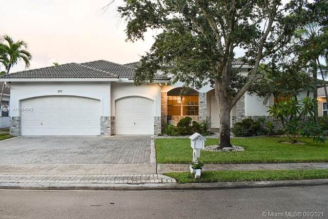 937 SW 159th Way, Pembroke Pines, FL 33027 (MLS #A11094943) :: Equity Realty