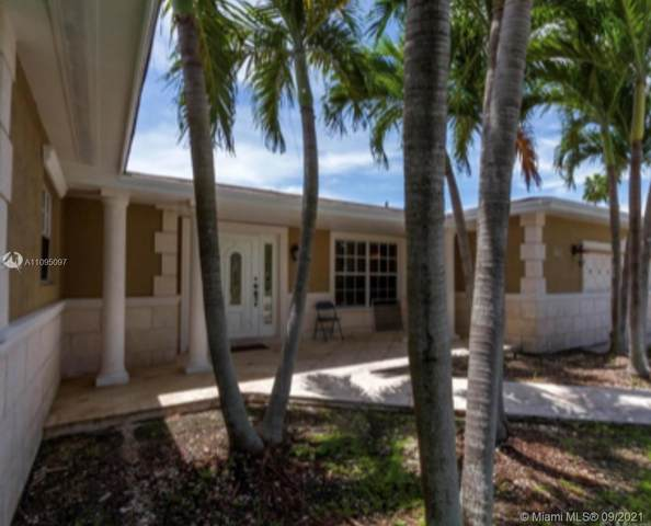8920 SW 142nd St, Palmetto Bay, FL 33176 (MLS #A11095097) :: KBiscayne Realty