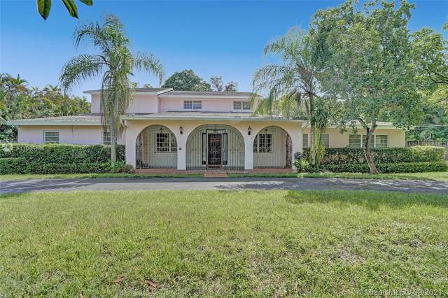 11325 SW 97th Ave, Miami, FL 33176 (MLS #A11095186) :: Douglas Elliman